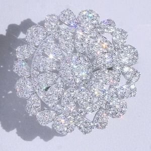 3.2Ct White Gold Round Diamond Size 7 Cluster Ring